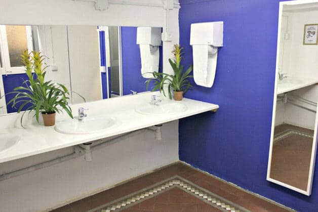 the Hipstel bathroom
