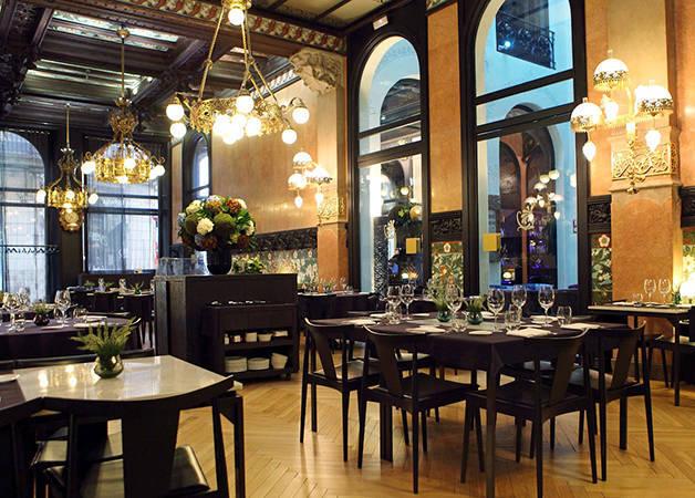hotel españa lighting dining room