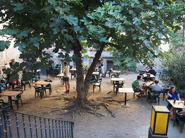 hidden terraces: antic teatre