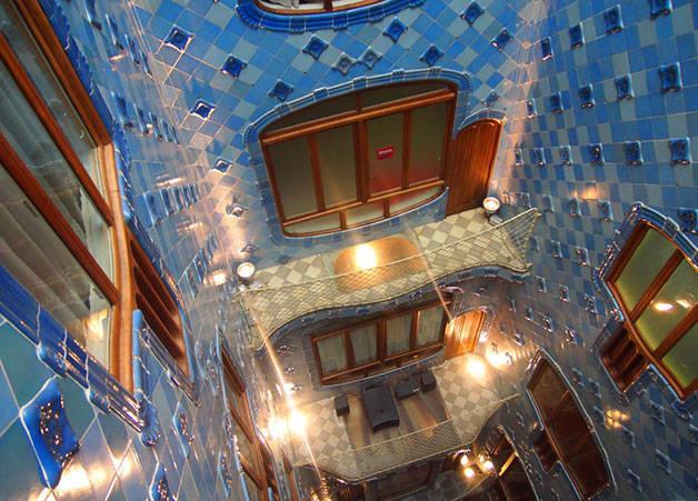 Blue patio Casa Batlló