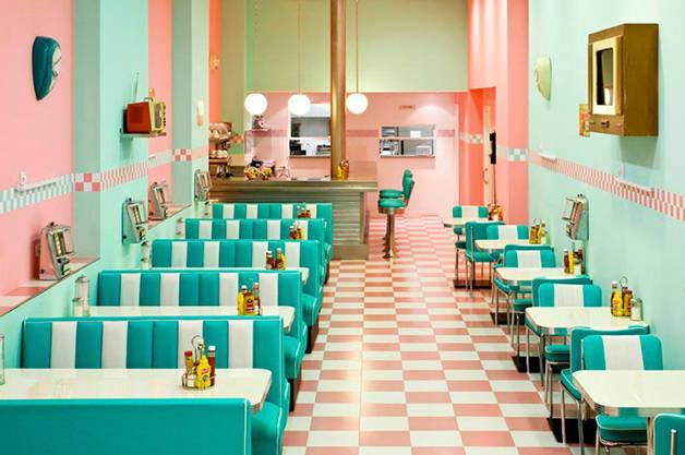 peggy-sue dining room