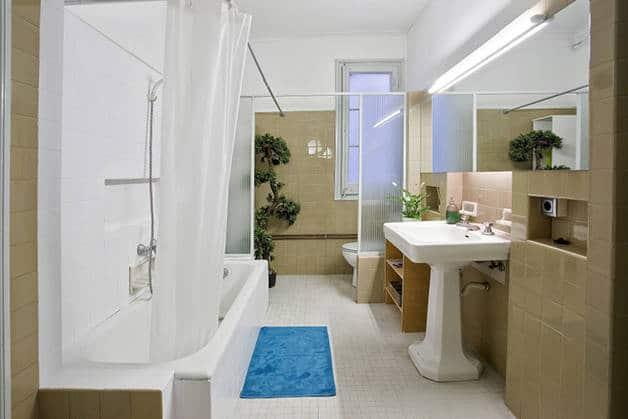 Primavera bathroom