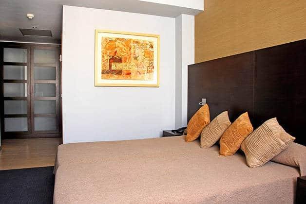double room madanis hotel