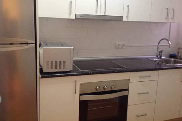 madanis apartments kitchen