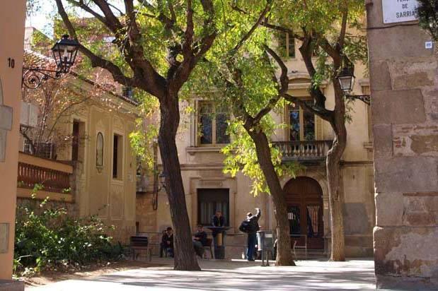 Sarrià square area