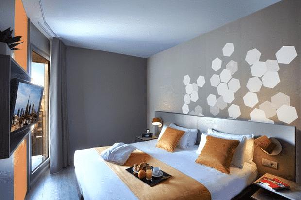 citadines ramblas bedroom