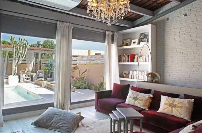 tourist apartments house Barcelona