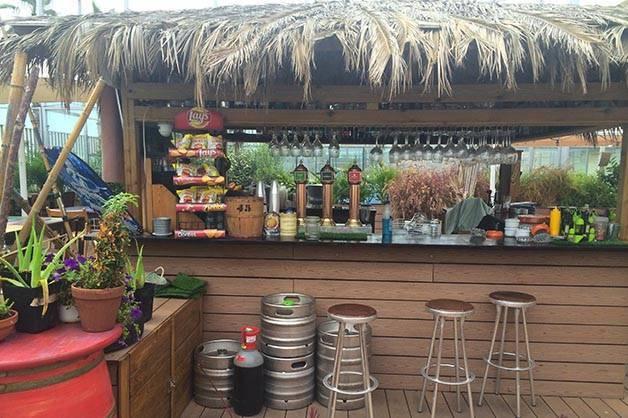 beach garden beach bar