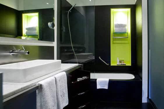 bathroom sixtytwo