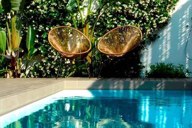 pool ofelias glamorous weekend