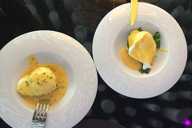 brunch barcelo raval eggs benedict