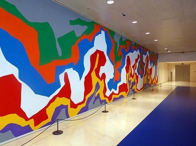 caixaforum mural Sol Lewitt