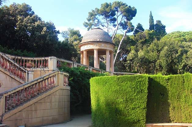 horta labyrinth park staircase