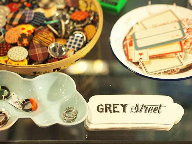 grey street details (rings and stickers)