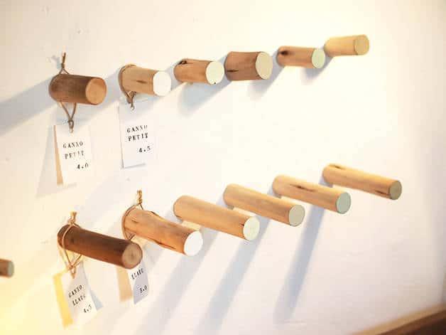 la variété: light wood coat hooks