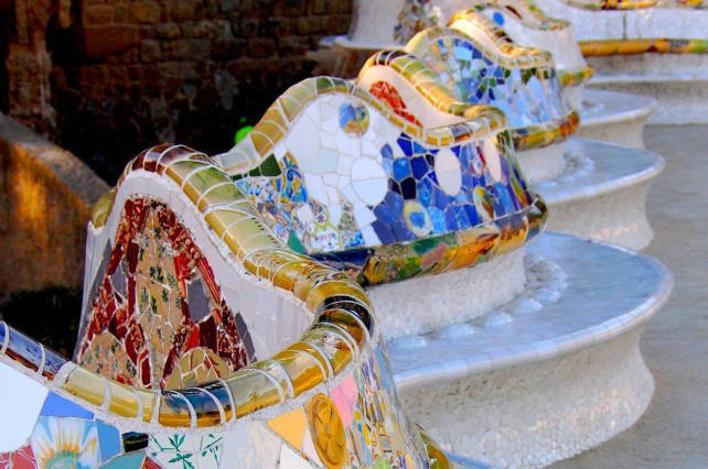 parc guell wave benches