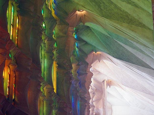sagrada familia surrealist light