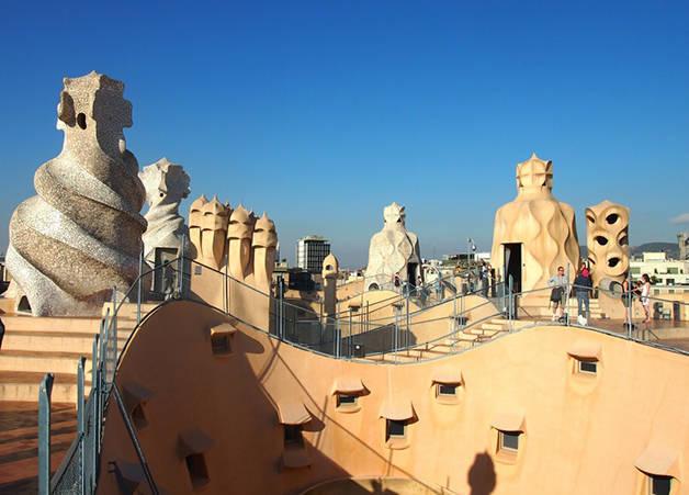 casa mila pedrera architecture in Barcelona