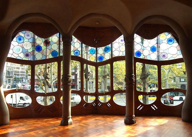 glass casa batllo architecture in Barcelona