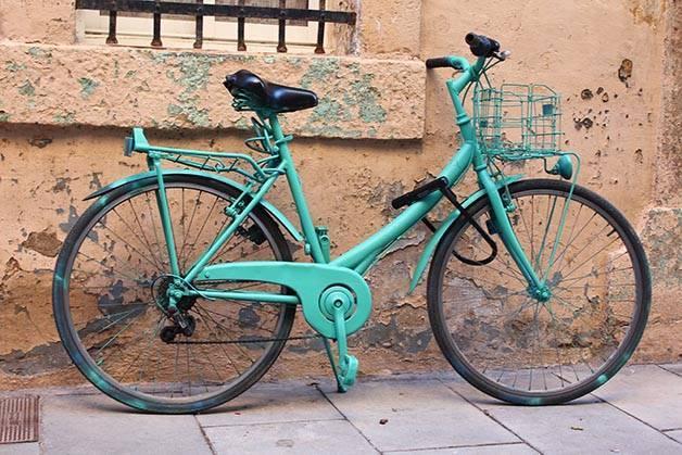 Barcelona like a local bike