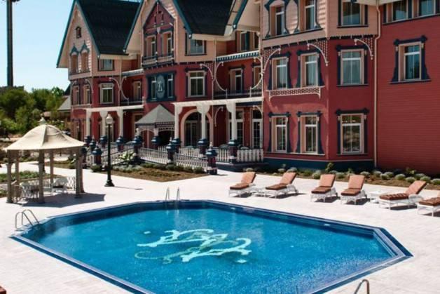 hotels Port Aventura Gold River pool