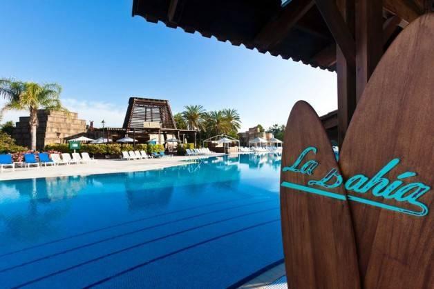 Port Aventura El Paso Hotel pool