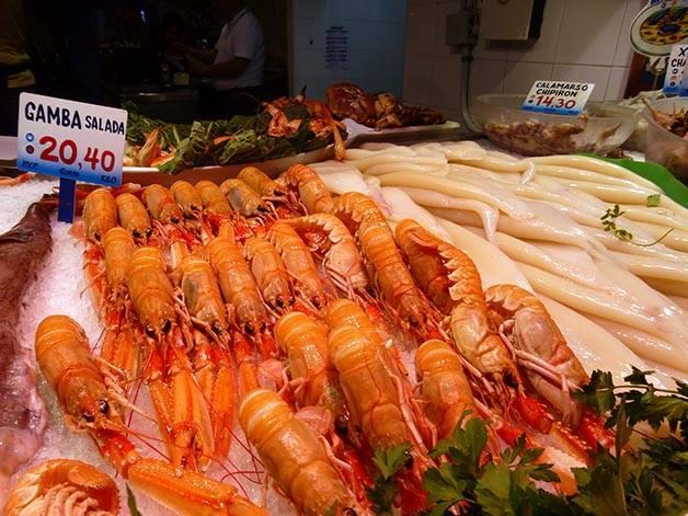 stall at la paradeta: prawns