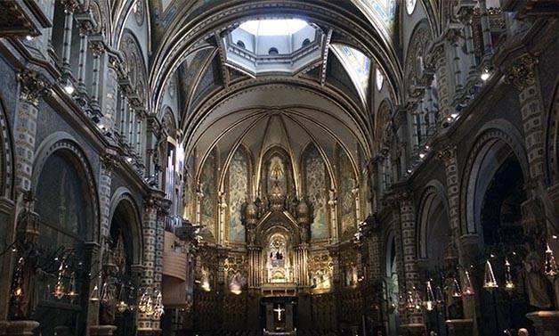 montserrat_monastery_interior