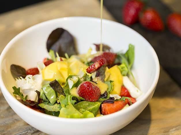 vita gastro bar salad