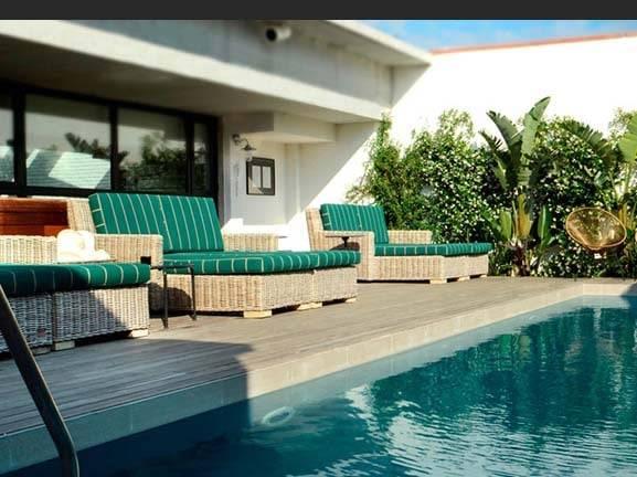 Ofelias hotel pool