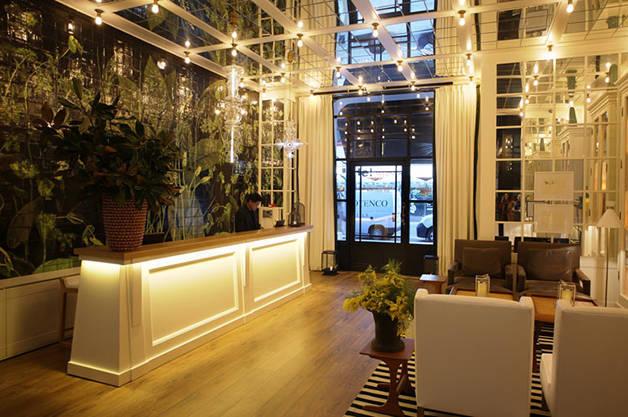 Ofelias Hotel reception