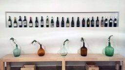 Amovino, wine bottles