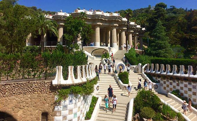 Guided tour of parc Güell: entrance