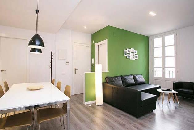 Deco Sants Fira apartments living room