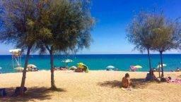 beaches around Barcelona: Badalona