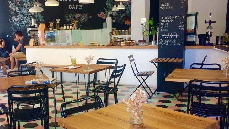 Inside the SweetOphelia Café