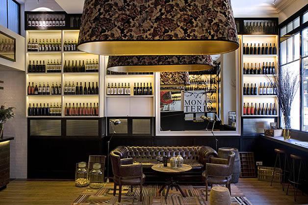 Barcelona hotels: praktik vinoteca