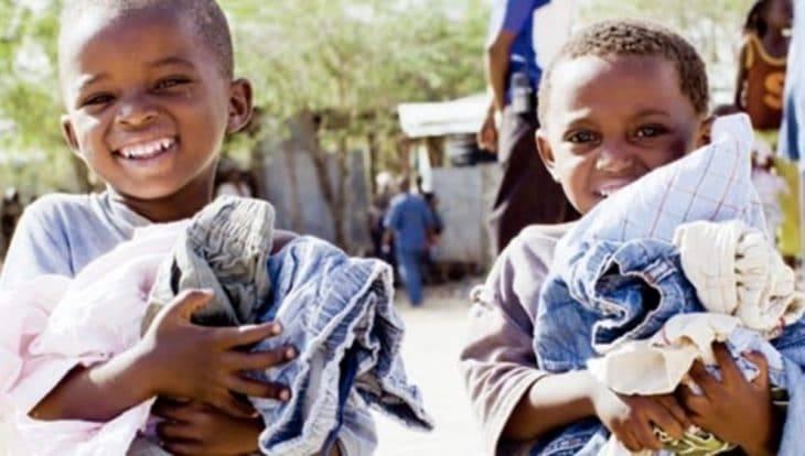Uniqlo: used clothing distribution