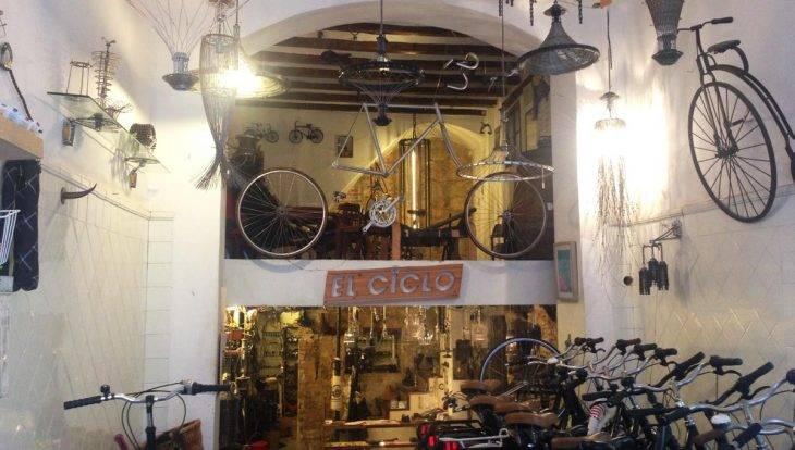 street art tour by bike, shop