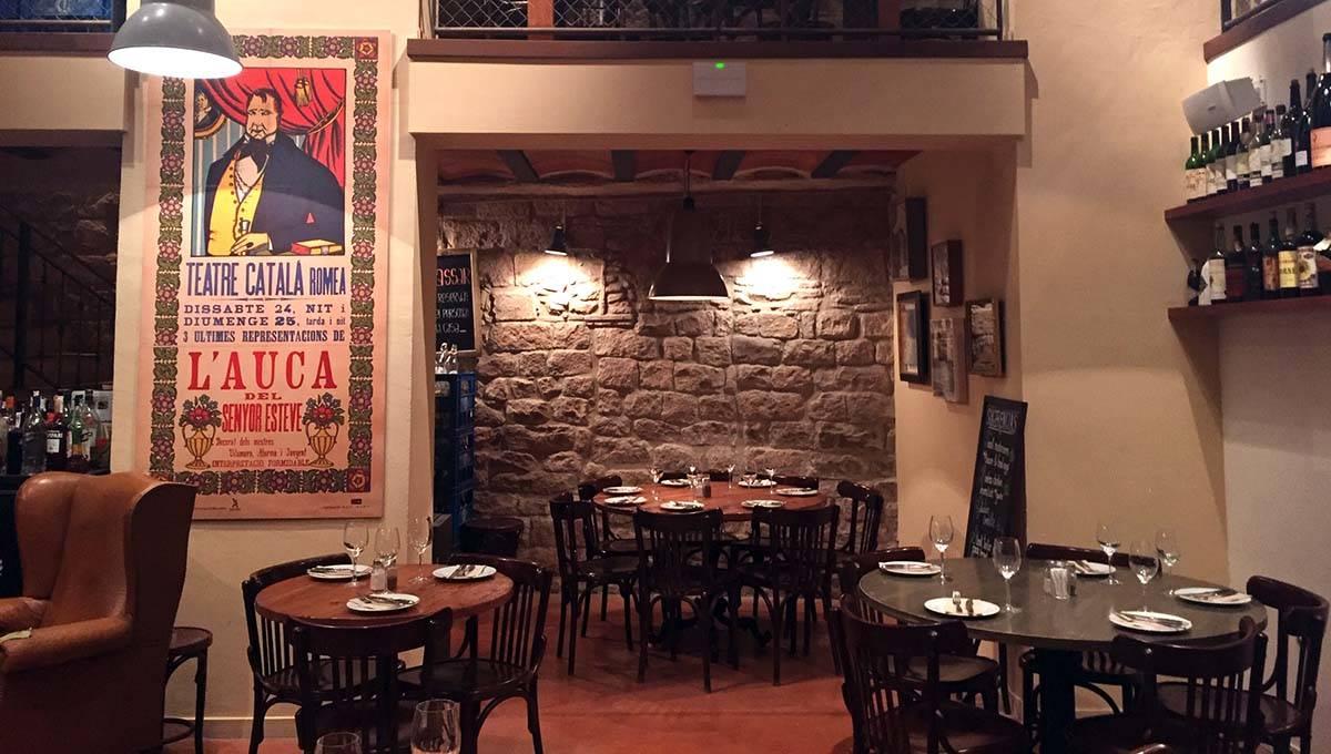 Bodega la Puntual main room
